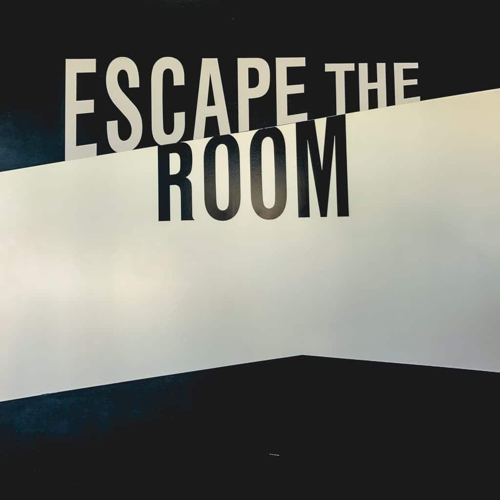 DISCOVERING DALLAS – ESCAPE THE ROOM