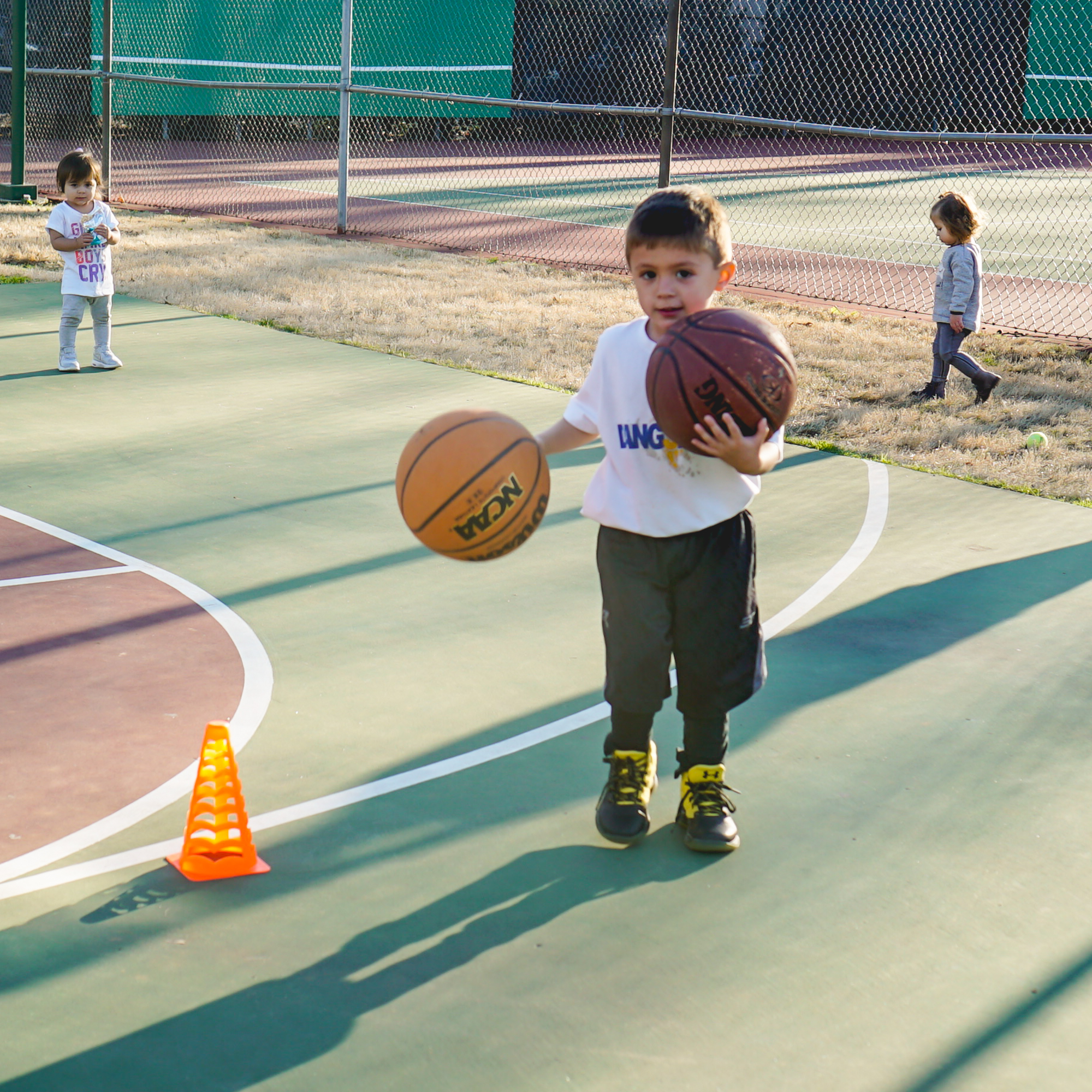 IDEAS TO KEEP YOUR KIDS ACTIVE